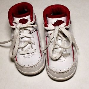 Jordan Air Baby & Toddler 2 Retro Bt 395720-102 (6